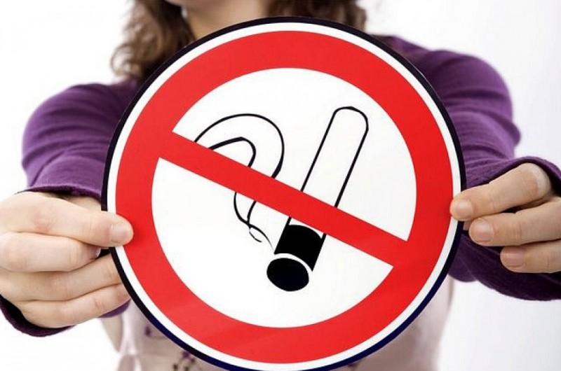 Больше всего курильщиков всфере автобизнеса