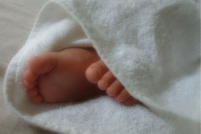 ВДебесском районе Удмуртии 17-летнюю студентку подозревают вубийстве малыша