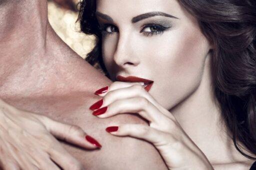 Как стать искусной любовницей для своего мужчины? Топ 10 секретных техник