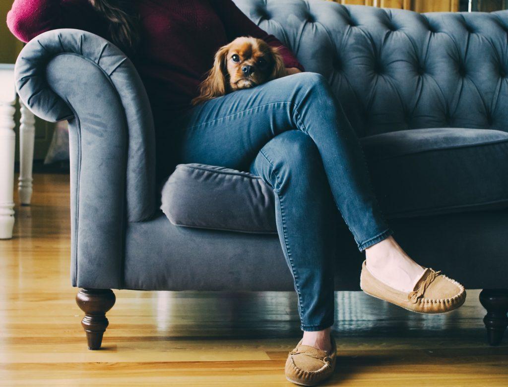 Вредно ли сидеть нога на ногу