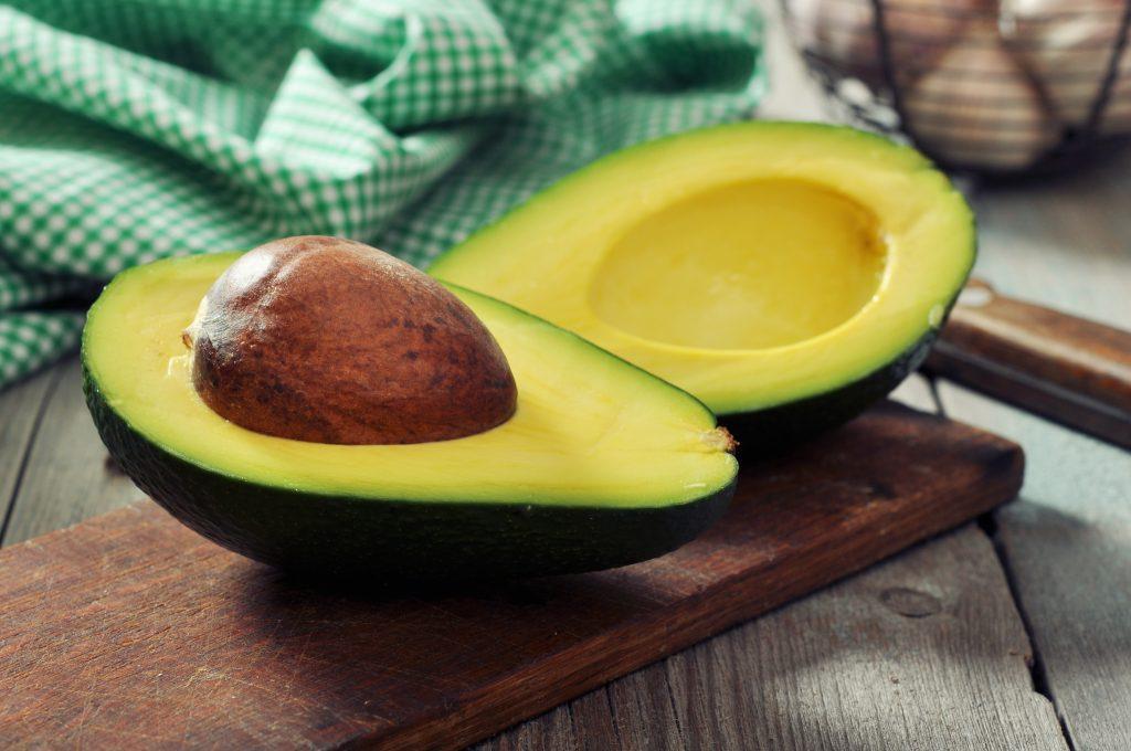 Авокадо - польза для женщин и мужчин. Как выбрать и вырастить авокадо
