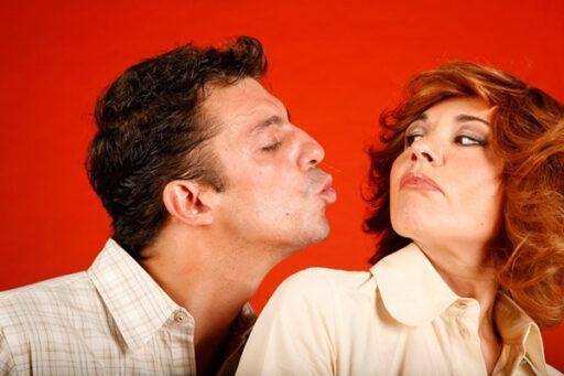 Как правильно целоваться с мужчиной, чтобы он в вас влюбился